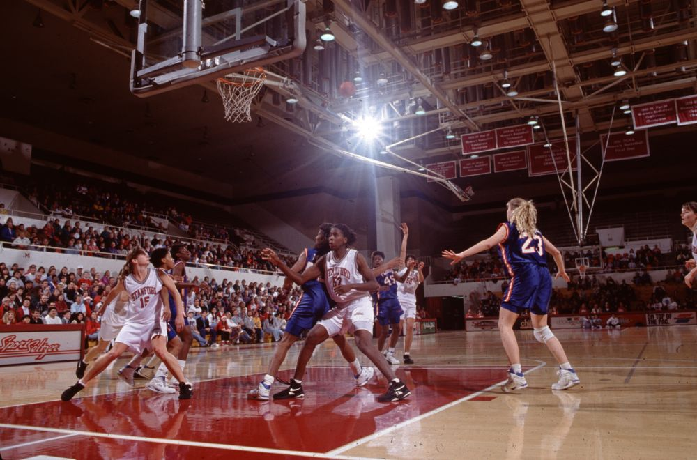 Women's basketball. 1991.