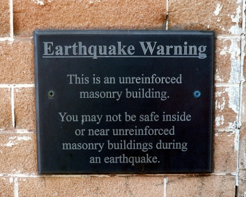 Earthquake danger warning sign