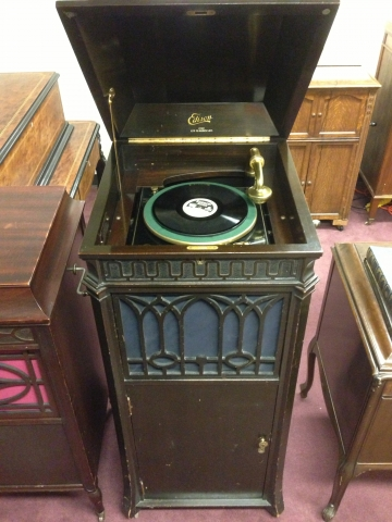 Edison Diamond Disc Phonograph C 250 After 1915 This Model Along With The 150 Were Only Phonographs Being Produced During Final Quarter Of