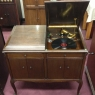 Victor - Victrola VV-220 (1923). Designed in response to a change in public taste regarding furniture styles. With this console style, Victrola marked a departure in design from the earlier upright styles.